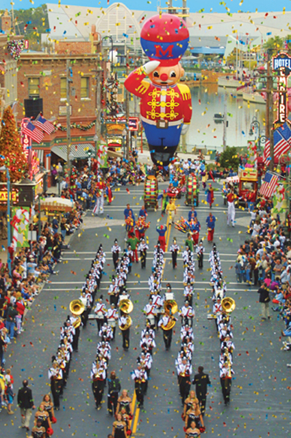 Macy's Holiday Parade™ at Universal Studios Orlando Florida ...